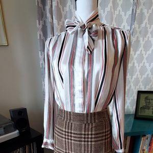 Vintage Bow Neck Button-down Blouse